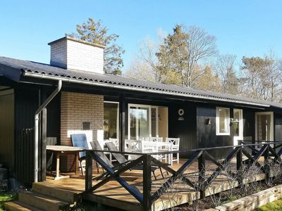 Photo for Spacious Holiday Home in Hovedstaden near the Sea