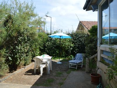 Photo for 200 m from the beach: ground floor apartment in a house near the beach
