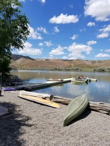 It is a beautiful private place on Snake River Front. USE  KAYAKS TO ENJOY.