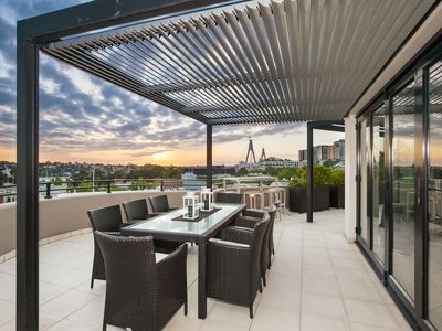 Photo for PYRMONT 16 - 3 BEDROOM W PARKING