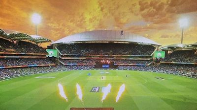Photo for SPECIAL RATES FOR ISOLATION. Walk to Adelaide Oval