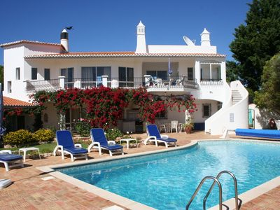 Photo for Luxury Holiday Villa with Private Pool & Ocean Views