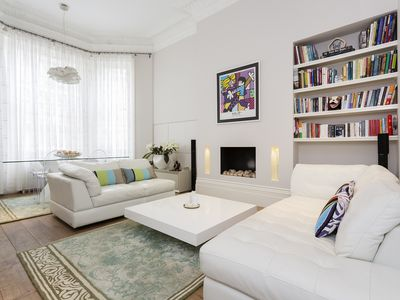Photo for A lovely 2 bed garden flat in one of London's most exclusive areas (Veeve)
