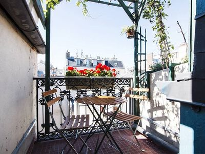 Photo for Nice flat with terrace in the heart of the Marais