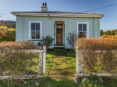 Photo for 4BR House Vacation Rental in Ohakune, Mt Ruapehu
