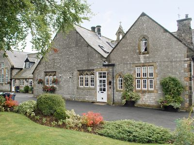 Photo for 2 bedroom accommodation in Tideswell