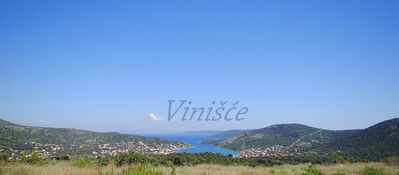 Photo for Apartment in the center of Vinišće with Air conditioning, Parking, Terrace, Washing machine (451915)