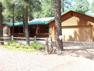 Photo for Amazing Cabin in Pinetop Lakes Country Club with fenced yard!