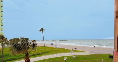 Photo for Accessible balcony! Great upfront ocean View,  King Bed, 3 pools hot tub gym