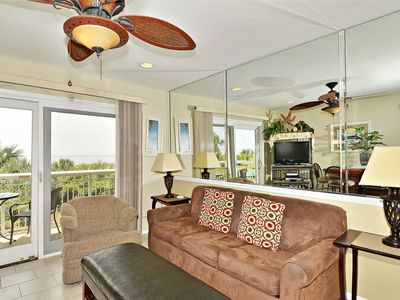 Photo for Gorgeous 1 bedroom, 1 bath direct oceanfront in Forest Beach!
