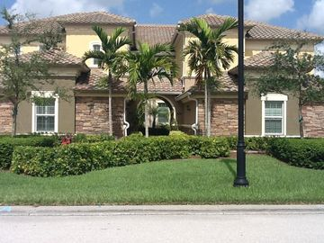 The Quarry Naples Vacation Rentals Houses More Homeaway