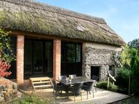 Amazing property and amazing hosts. The barn conversion is simply stunning. Can't wait to come back