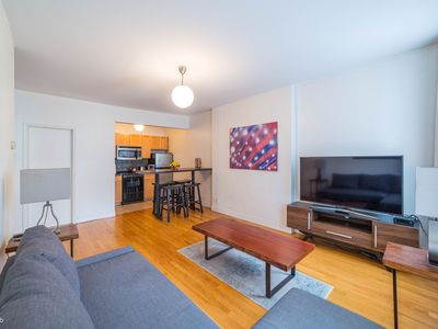 Photo for Central & Stylish 1 Bedroom Apt - Heart of Chelsea