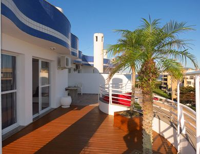 Photo for Penthouse, 3 bedrooms, 3 pools, sea view and barbecue