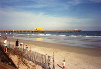 Apache Pier 1260 ft. long,restaurant/bar,fishing or walk the pier