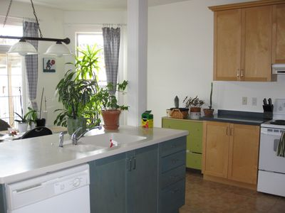 Photo for Large Niagara On The Lake Summer Vacation Rental