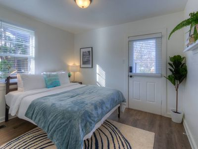 Photo for Gated Midtown Cottage with Perfect Location!