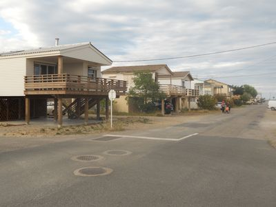 Photo for Charming chalet on stilts in Gruissan, 200 meters from the beach