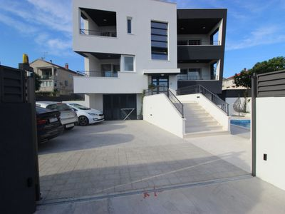 Photo for Modern and luxurius apartment with swimingpool, nice sea view terrace