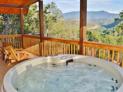 Couple's Dream Cabin! New LED Hot Tub, WiFi, King Master Suite & Outdoor Grill