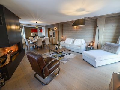 Photo for 4BR Apartment Vacation Rental in L'Alpe d'Huez, Isère
