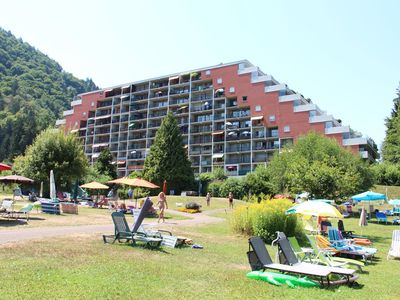 Photo for Apartment directly on the Ossiachersee with beach