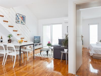 Photo for Apartment with beautiful Views + GARAGE!