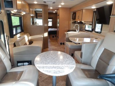 Photo for 2016 Thor Motor Coach (Commodore)