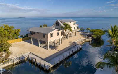 Photo for Charming 5 Bedroom Oceanfront Home in Lower Matecumbe - 140 Atlantic Ln.