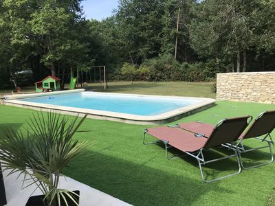 Photo for Quiet house near Périgueux with heated pool