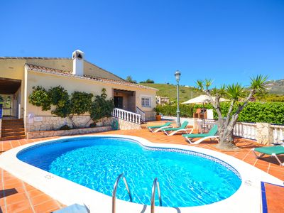 Photo for El Fraile: Large Private Pool, Walk to Beach, Sea Views, A/C, WiFi