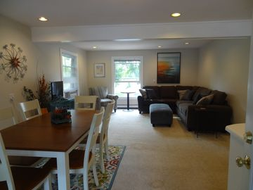 Cute apartment across from Petty's Bayou, with a dock, Sleeps  8