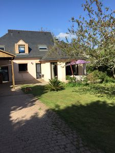 Photo for House gulf of Morbihan close sea and golf of Baden, trade on foot.