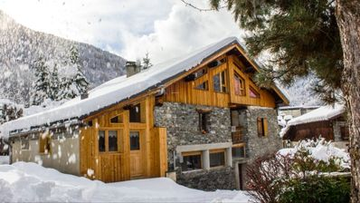 Photo for New apartment, 3 stars, sleeps 4, in authentic Savoyard chalet