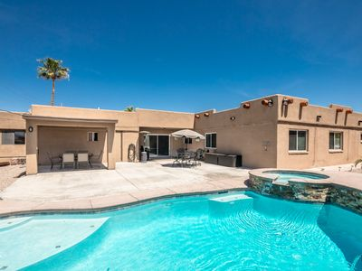 Photo for Lake views, Pool/Spa, 4 Bedroom, 2.5 bath with 2 King size Bedrooms