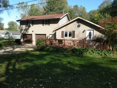 Photo for Large lake access cottage.  Pontoon rental Available.