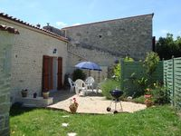 Beautiful spacious rural gite