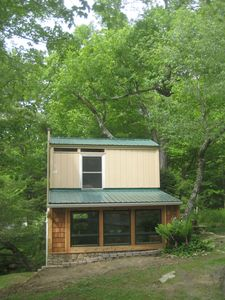 Photo for Creekfront Contemporary  Loft Cottage Sleeps 3