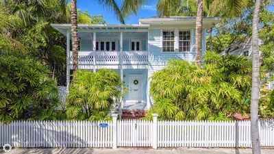 Photo for **MAISON TROPICALE @ OLD TOWN** Historic Home + LAST KEY SERVICES...