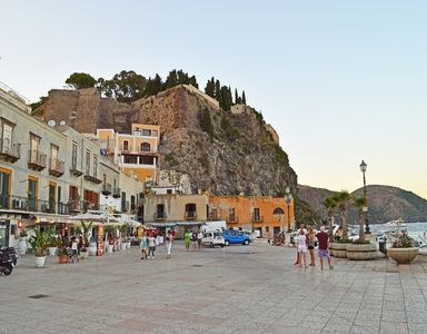 Photo for Studio in the center of Lipari, just 2 steps from Marina Corta