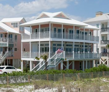 Photo for Gorgeous beach front home with beautiful coastal decor! Comfy & spacious!