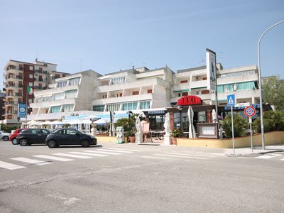 Photo for App. Studio apartment near the sea for 4 people in the central area