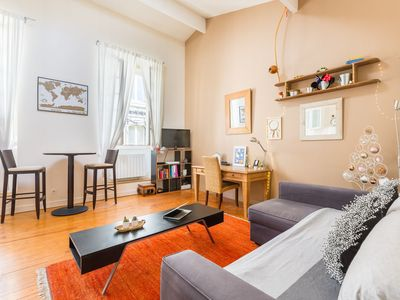 Photo for Gorgeous apartment in the heart of Bordeaux