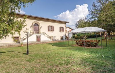 Photo for 5 bedroom accommodation in Vicchio FI