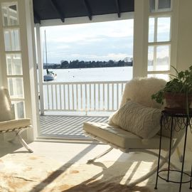 Cottage 29 - Sustainably renovated Waterfront Cottage - Close to Newport