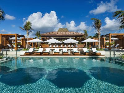Photo for Grand Bliss 2 BR Suite - CHRISTMAS week - confirmed availability!
