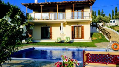 Photo for Beautiful villa with garden, pool and mountain views and the olive grove!