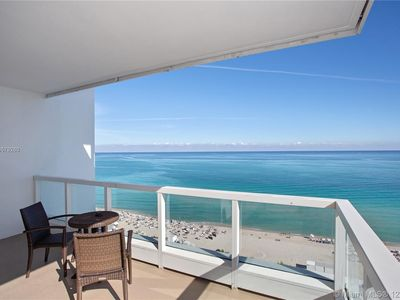 Photo for Fontainebleau Hotel Sorrento One Bedroom Ocean Front