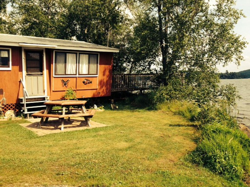 Affordable Family-Friendly Cabin Near North Bay, Ontario Nightly/weekly Rentals