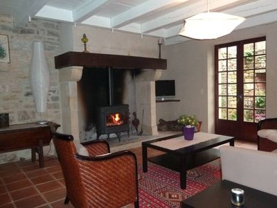 Photo for Medieval house 6 pers. with garden in Loubressac, near Rocamadour